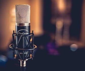 5 Best Condenser Microphones Under $200 | 2020 Vocal Mic Guide 1